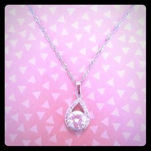 Jewelry - Beautiful Zircon Necklace